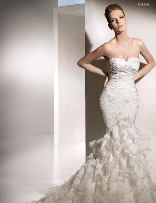 mermaid wedding dresses 2011 - wedding & Planning Married