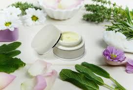 Peluang Usaha Kosmetik Berbahan Alami (Cantik Plus Sehat)