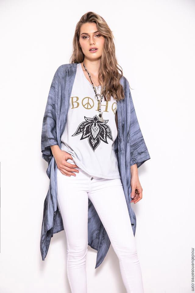 Kimonos y túnicas batik primavera verano 2020.