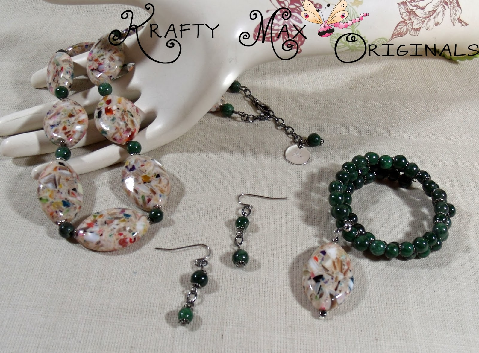 http://www.lajuliet.com/index.php/2013-01-04-15-21-51/ad/gemstone,92/exclusive-green-mixed-up-delight-3-piece-necklace-set-a-krafty-max-original-design,124
