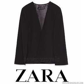 Queen Letizia wore ZARA Cape Jacket