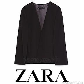Queen Letizia wore ZARA Cape Jacket