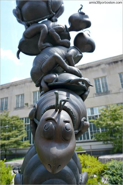 Yertle the Turtle en el Dr. Seuss National Memorial Sculpture Garden, Springfield