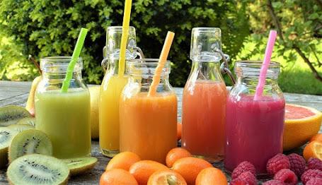 Jus buah kemasan yang siap minum