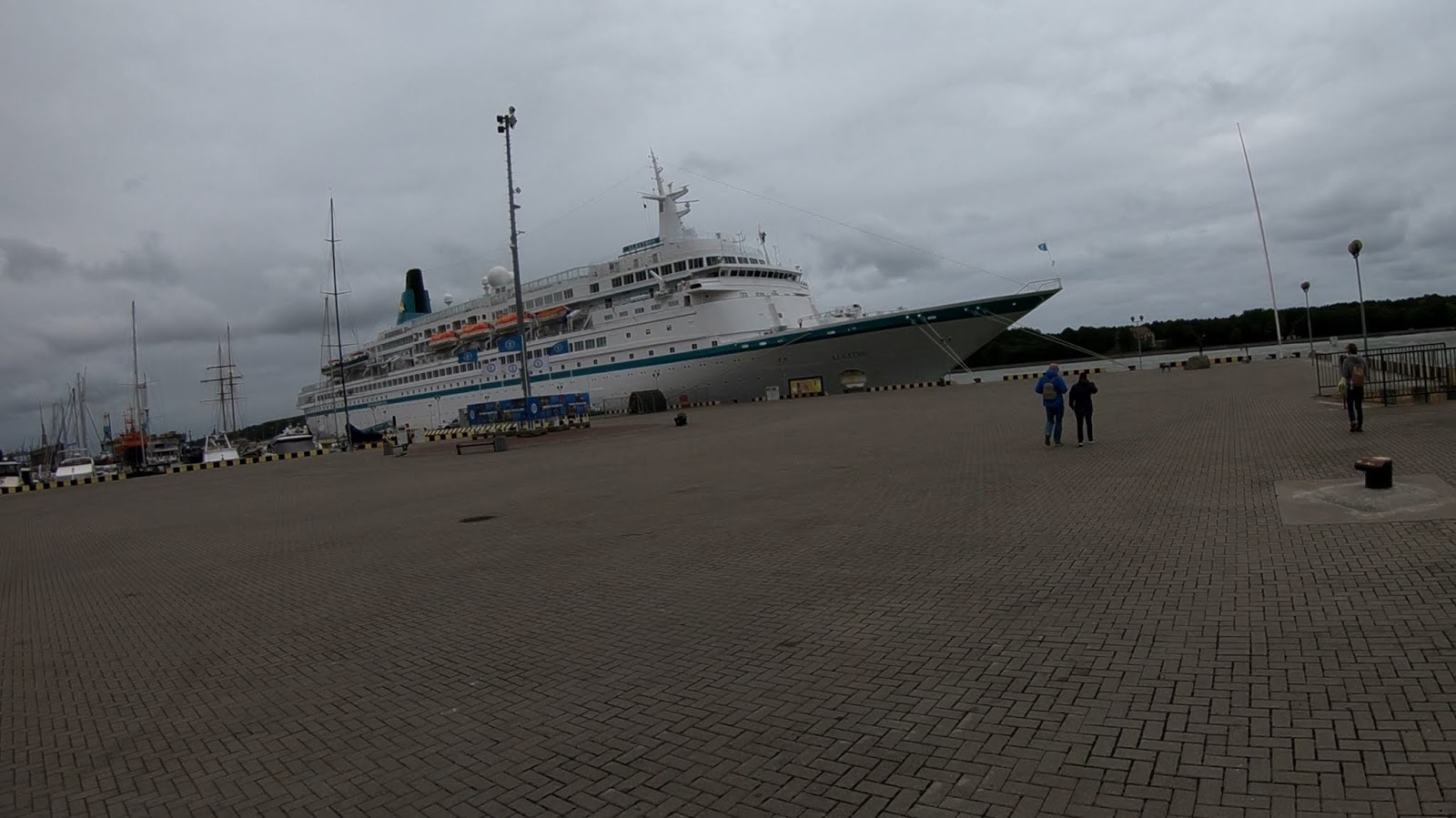 Круизное судно Албатрос