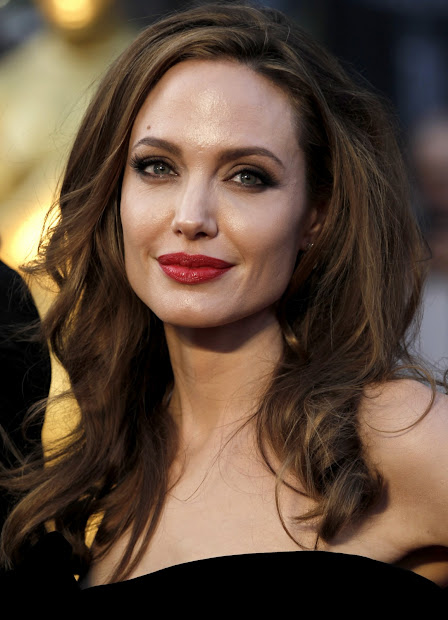 Hollywood Wallpapers Angelina Jolie 84th Annual Academy