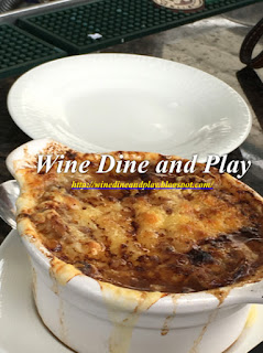 Prepared au gratin style this is a nice French onion soup at Bon Appétit restaurant in Dunedin, Florida
