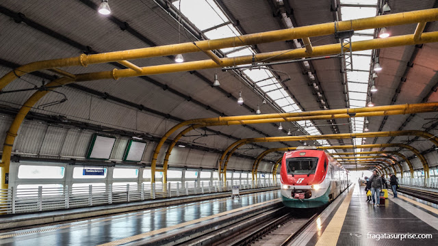 Trem do aeroporto de Fiumicino para o Centro de Roma
