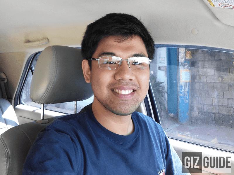 Selfie daylight (100% cropped)