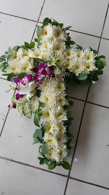 toko bunga duka cita surabaya, karangan bunga duka cita surabaya, florist surabaya kayoon