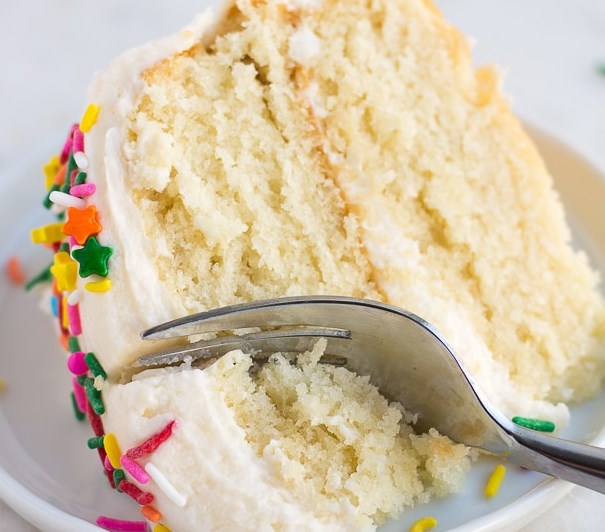 VEGAN VANILLA CAKE #desserts #sweets