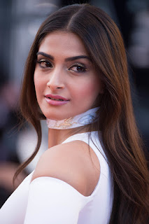 Sonam Kapoor Bollywood fashion Diva in Beautiful White Gown at 69 Canes Film Festival
