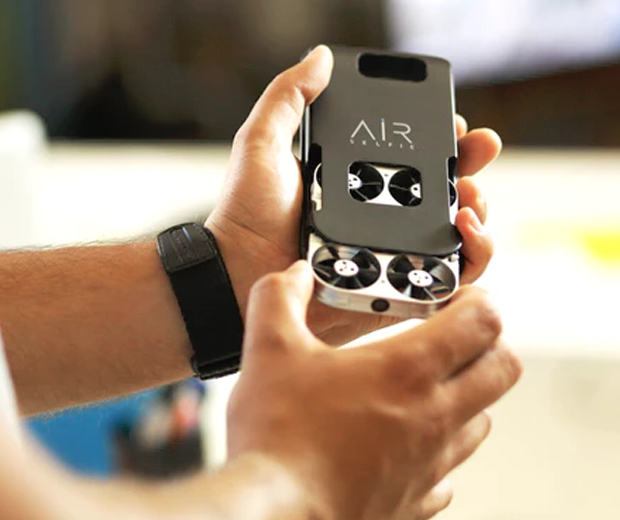 Airselfie Flying Smartphone Camera