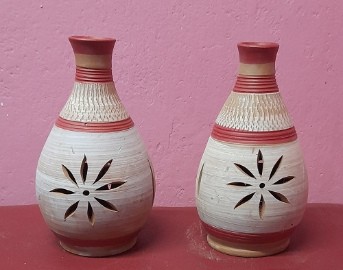 Terracotta flower vase per piece by Nabarun bhattacharjee