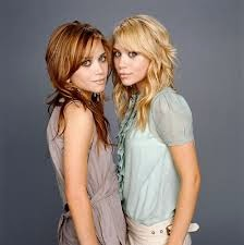 Mary-Kate dan Ashley (The Olsens)