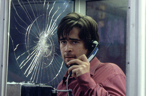 أفلام الغرف المغلقة.. مجموعة أفلام دارت أحداثها في مكان واحد فقط Phone Booth 2002