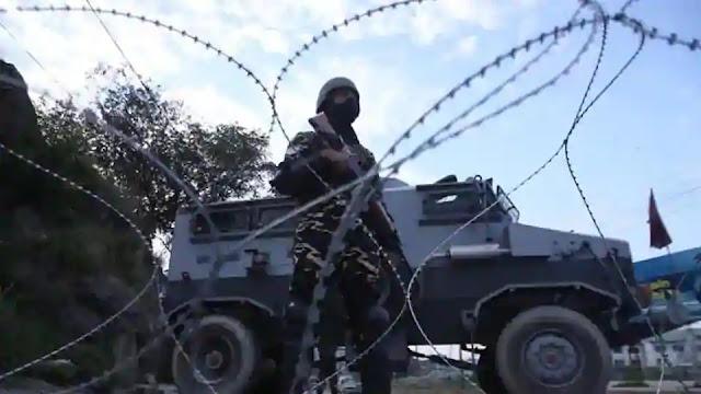 army vs Let in srinagar