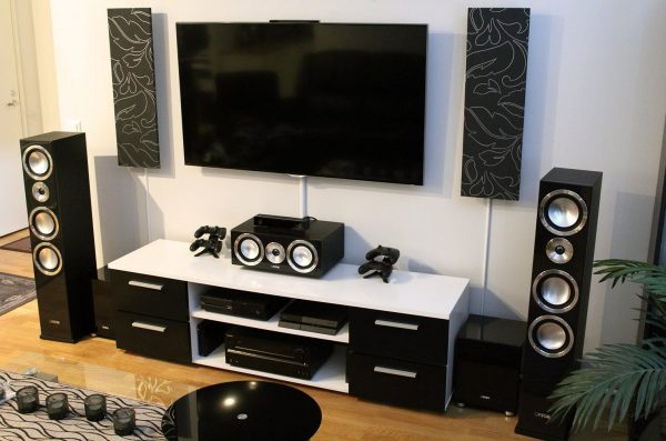 5 Speaker Home Theater Terbaik [Best of the Best 2019]