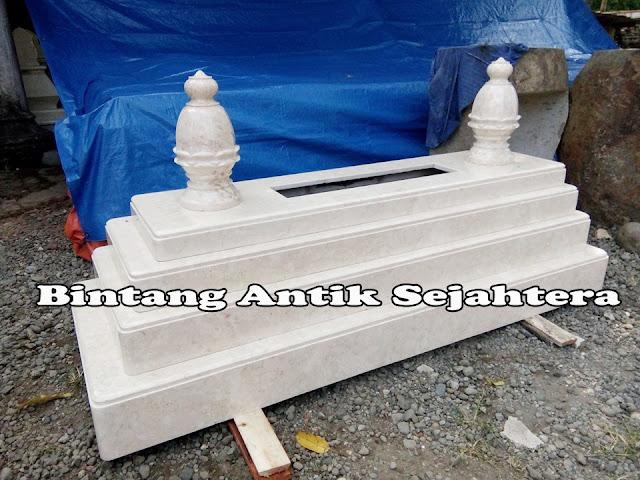 Makam Masyaikh Marmer