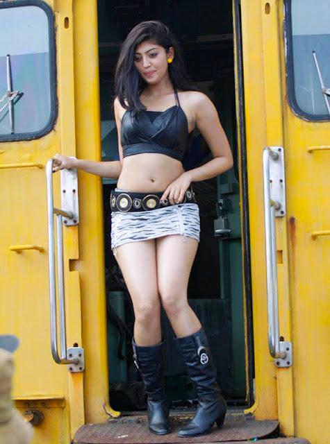 Pranitha_HD_Hot_Photos_1.jpg