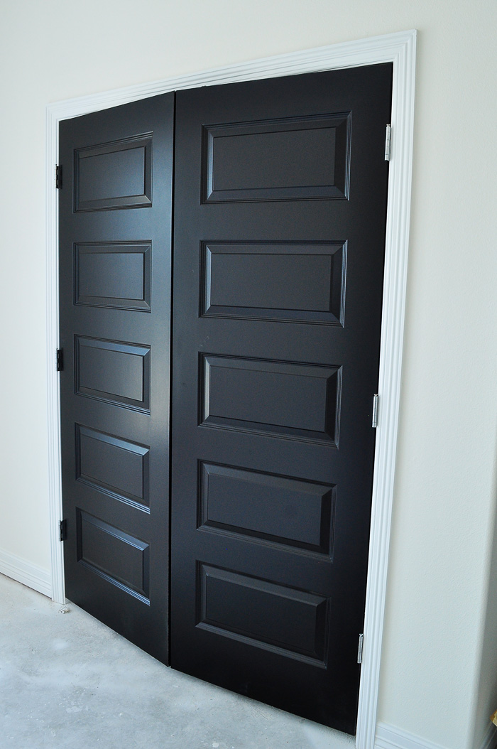 Alabaster by Sherwin-Williams in a matte sheen for walls and tricorn black in satin for doors. | via monicawantsit.com