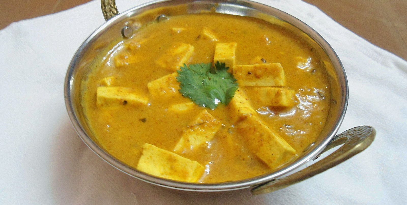 Shahi Paneer Recipe | Side dish for Roti / Naan