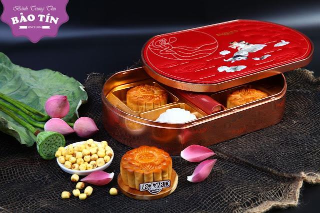 Mẫu hộp bánh trung thu Brodard 2018 gồm 4 bánh và trà Oolong