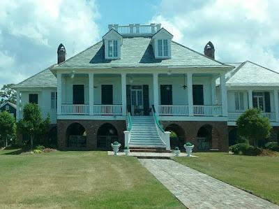 Mandeville lakefront house