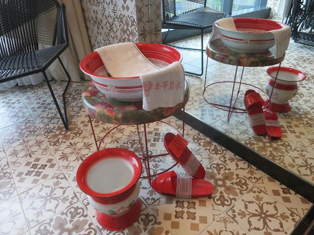 hotel indigo katong nostalgic foot spa