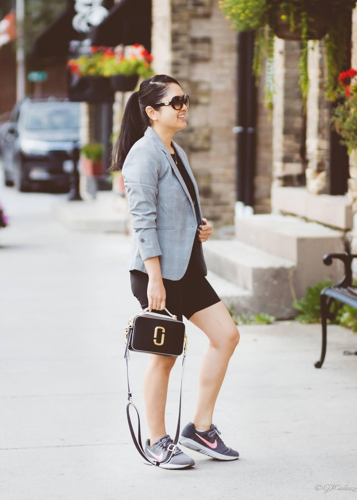 plaid blazer_biker shorts_mom summer outfit_marc jacobs sure shot bag_petite fashion