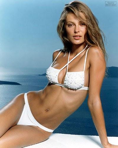 Worlds Sexiest Bikini 26
