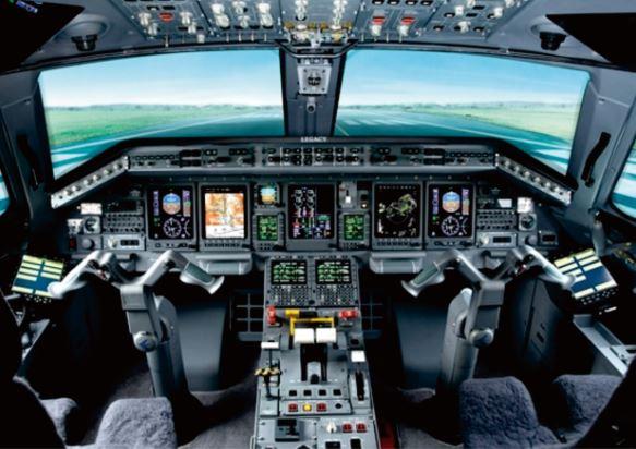 Embraer Legacy 650 cockpit