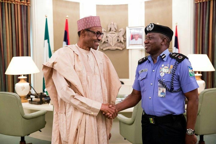 Police retires 6 deputy inspector-generals of Police following Arase's retirement