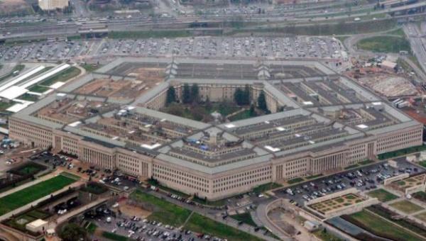 """Estados Unidos """"lamenta"""" el bombardeo contra el Ejército sirio"""