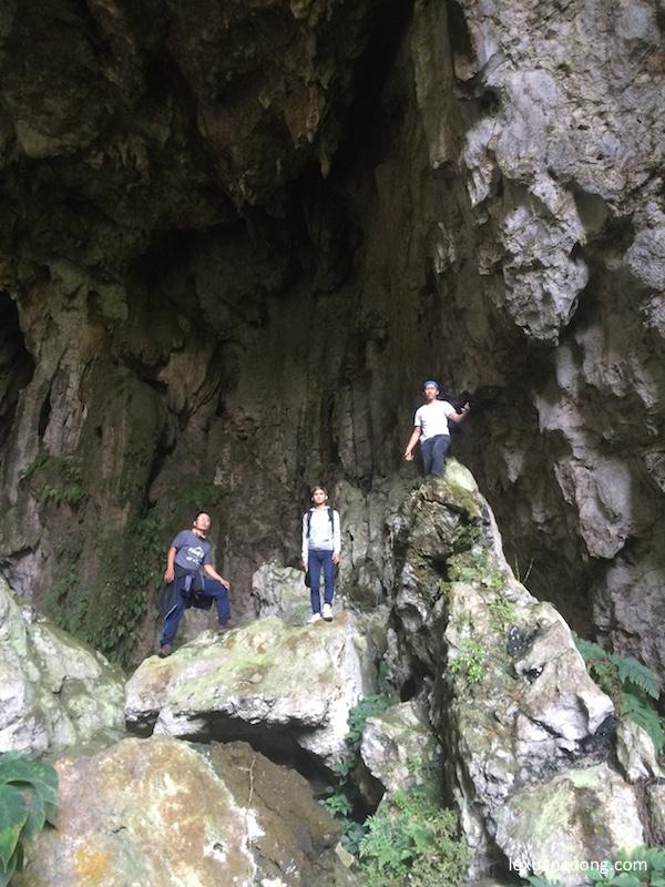 Hang động bắt gặp trên đường phượt Hà Giang