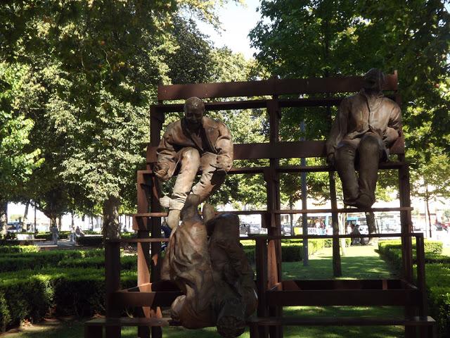esculturas no Jardim da Cordoaria