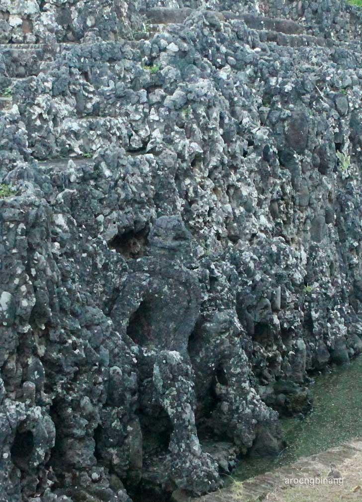 gua sunyaragi cirebon