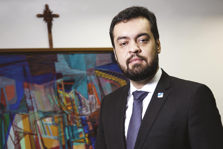 Cláudio Castro toma posse como governador do Rio de Janeiro