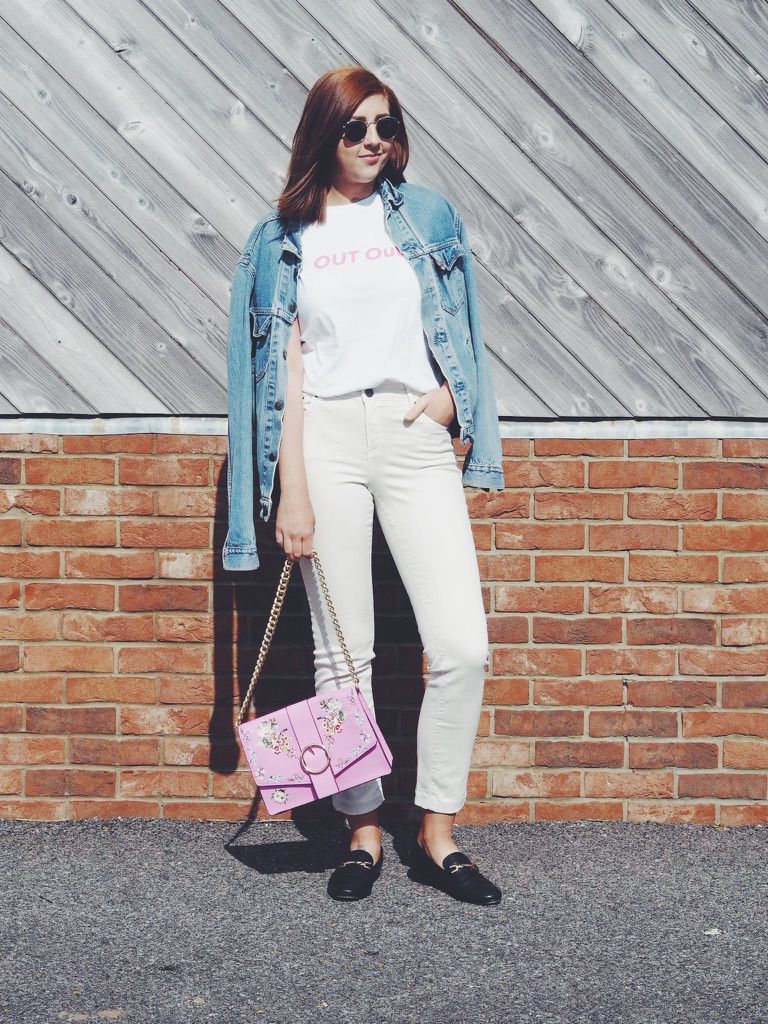 fashionpost, fashionbloggers, fashionblogger, fbloggers, fblogger, ootd, outfitoftheday, lookoftheday, lotd, wiw, whatimwearing, asseenonme, slogantshirt, statementtop, blackloafers, statementbag, OUTout, creamjeans