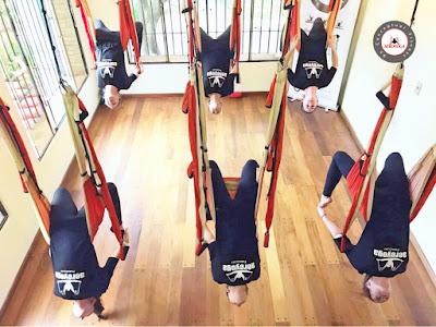 yoga aereo, aerial yoga, yoga aerea, air yoga, yoga swing, aerial yoga, formacion, certificacion, acreditacion, yoga alliance, paraguay