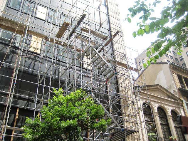 Reycom merupakan tempat rental scaffolding terbaik saat ini