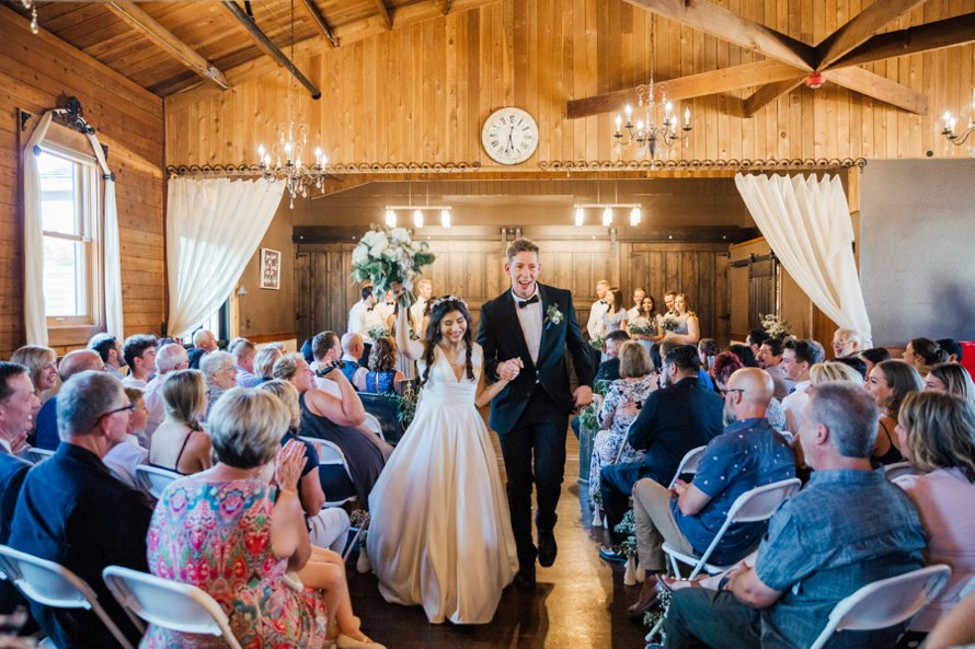 Bonney Lake Wedding Photographers-The Kelley Farm Wedding-Something Minted Photography
