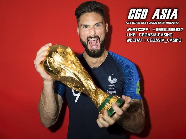 Ejekan Karim Benzema : Tidak Akur dengan Giroud ? - Rumahsport.com