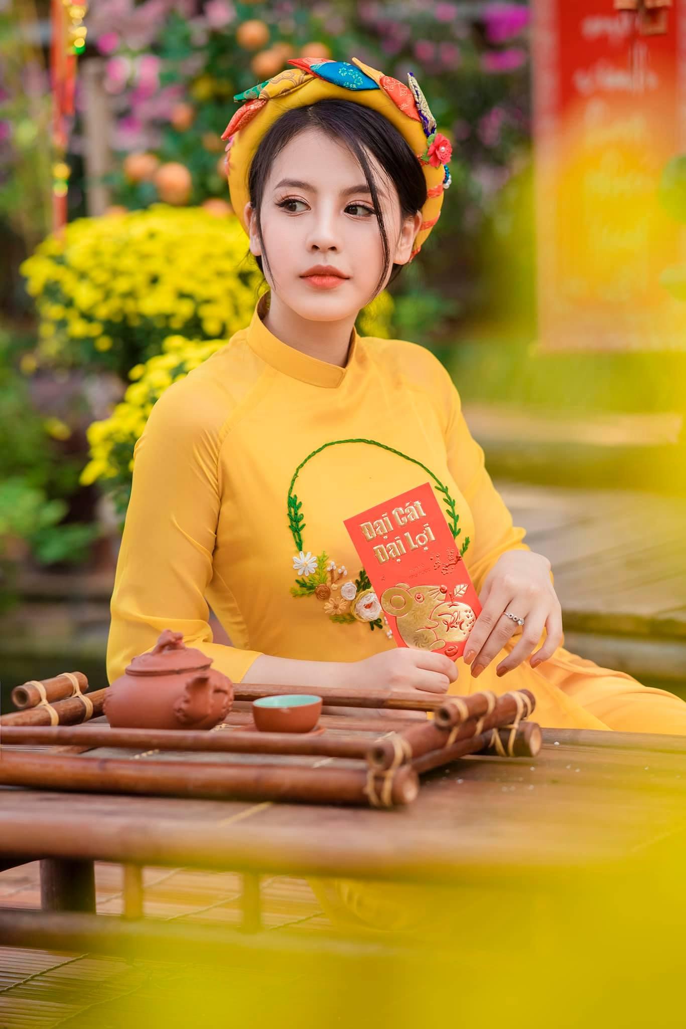 Hot Girls ♔♔…. Huyền Trang - Trang 28