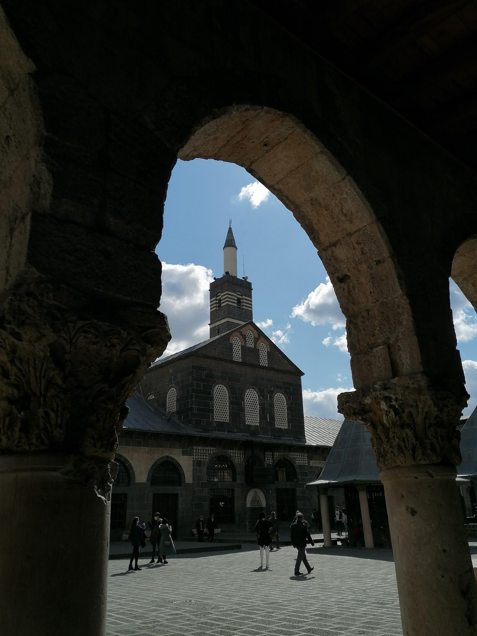 bursa'nın gezilecek tarihi yerleri ulu camii