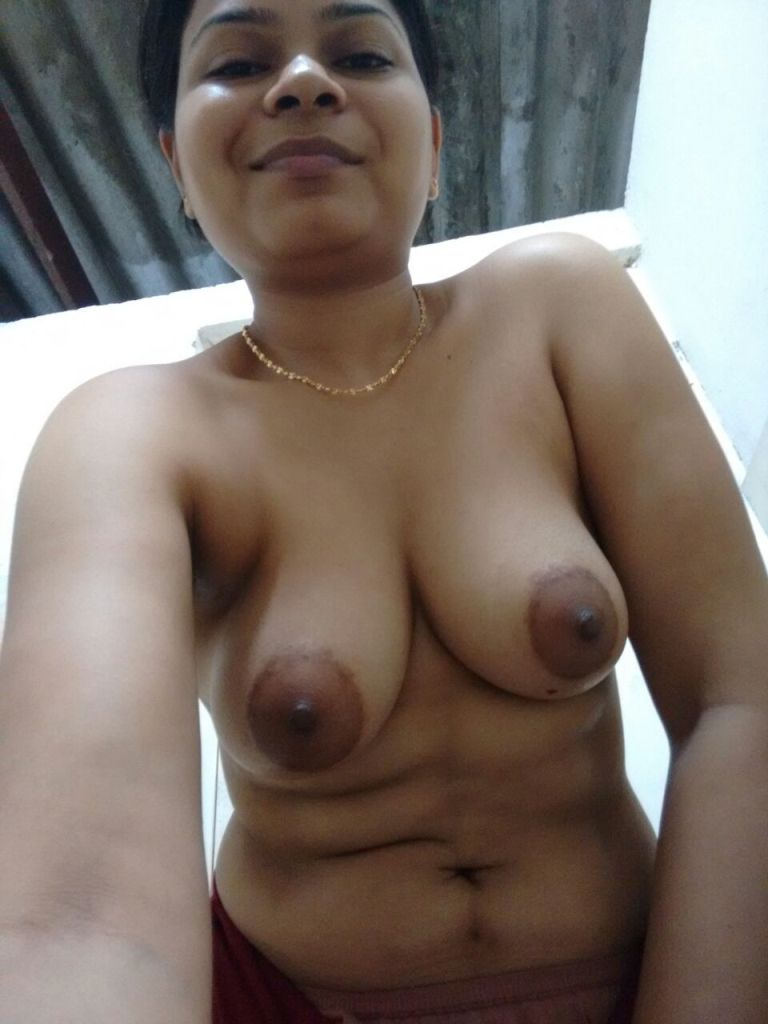 Indian Desi Aunty And Bhabhi Nude Photo Big Boob Kerala -6399