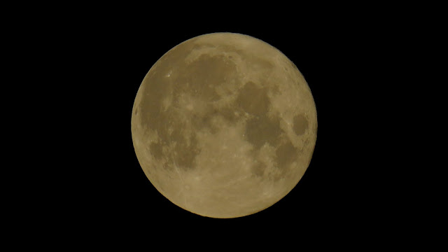 Full moon... the early hours of August 4th