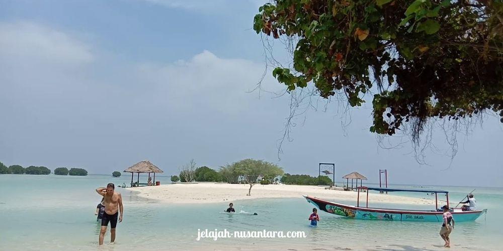paket open trip pulau pari murah