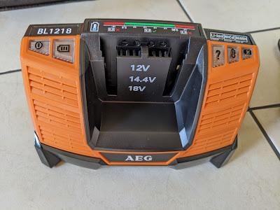 AEG Powertools Ladegerät 12 - 18V