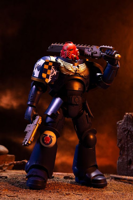 McFarlane Toys' Warhammer 40,000 Ultramarines Primaris Assault Intercessor